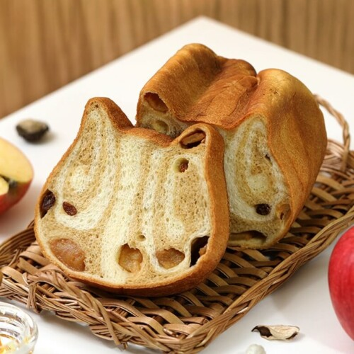 ねこねこ食パン〜めいぷるとあっぷる~ メープルと林檎