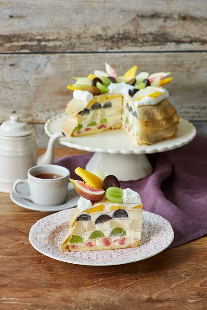 Afternoon Tea LOVE&TABLE バースデーフルーツミルクレープ