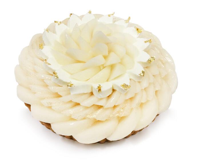 カフェコムサ 梨「新美月(しんみづき)/新王(しんおう)」のケーキ」